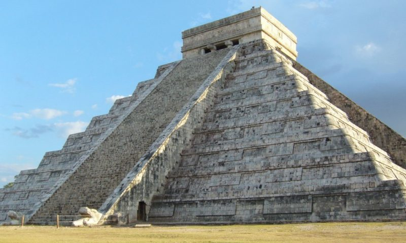 Spring Equinox in Chichen Itza, March 21th, 2017
